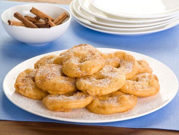 Frittelle-di-mele-pastella