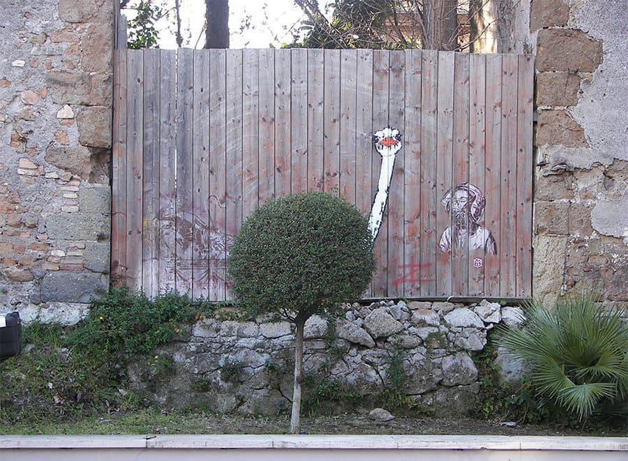 Struzzo by Pao Pao a Roma - Street Art