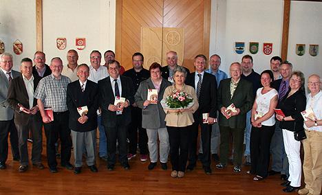 wpid-Erstes-Mudauer-Jahrbuch-vorgestellt-2011-04-10-02-17.jpg