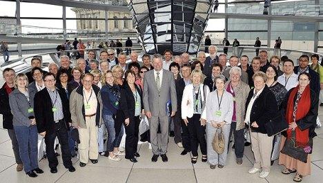 Besuchergruppe-aus-dem-Neckar-Odenwald-Kreis--zu-Gast-im-Bundestag
