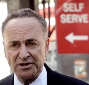 Chuck Schumer, Slimeball, Liar, Democrat