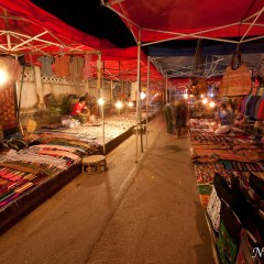 Night market (454F23838)