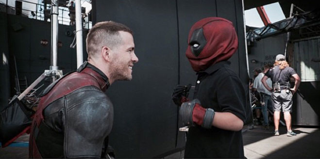 Ryan-Reynolds-Deadpool-con-Tony-Acevedo