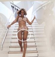 Hasta a Beyonce le afecta la distorsión del espacio-tiempo...
