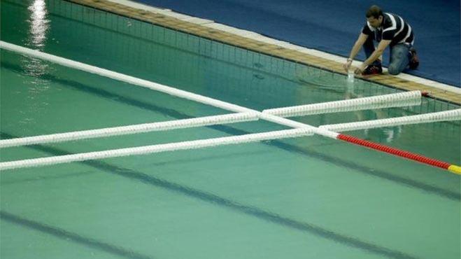 agua-verde-piscina-rio-2016