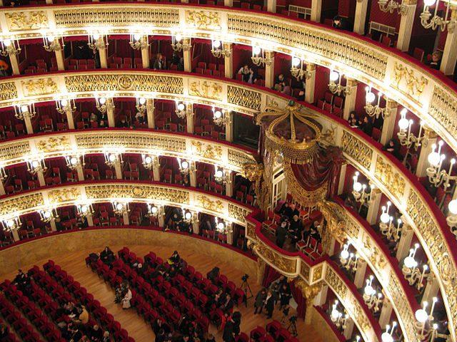 teatro napoli