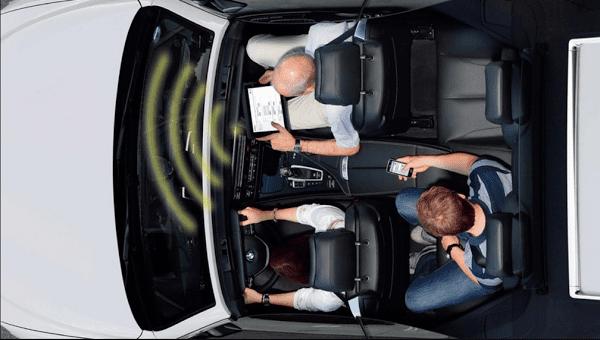 Noleggiare una vettura con WI-FI: comfort e intrattenimento per i lunghi viaggi