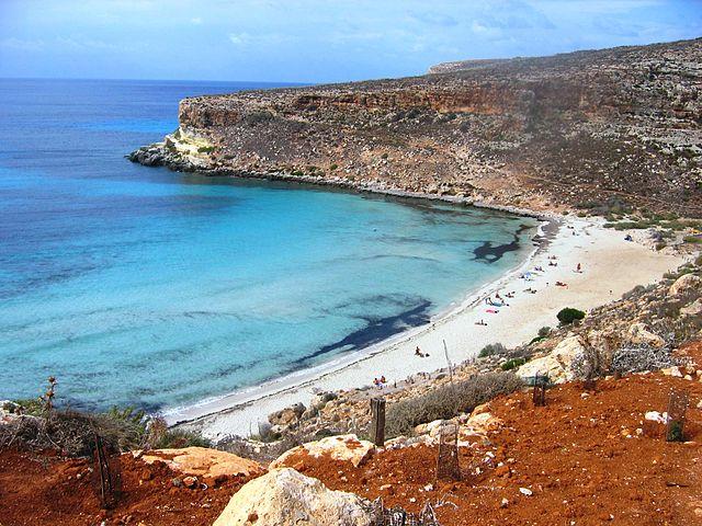 Top 3 spiagge italiane: la spiaggia dei conigli a Lampedusa
