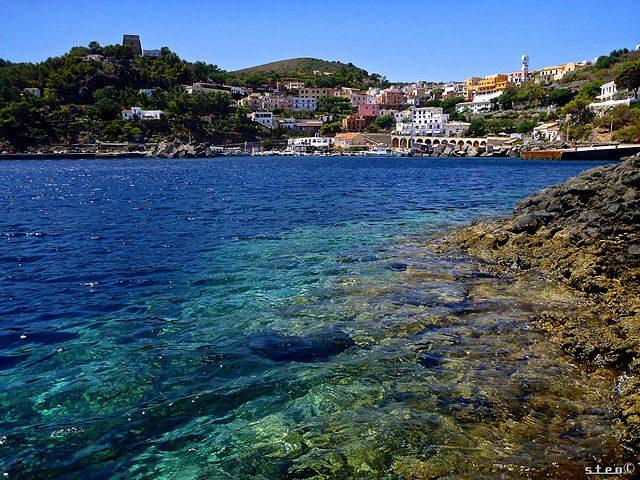 Mari più belli di Sicilia: isola di Ustica