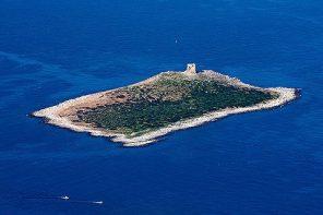 #ITALIAONTHEROAD: L'Isola delle femmine, una perla del Mediterraneo
