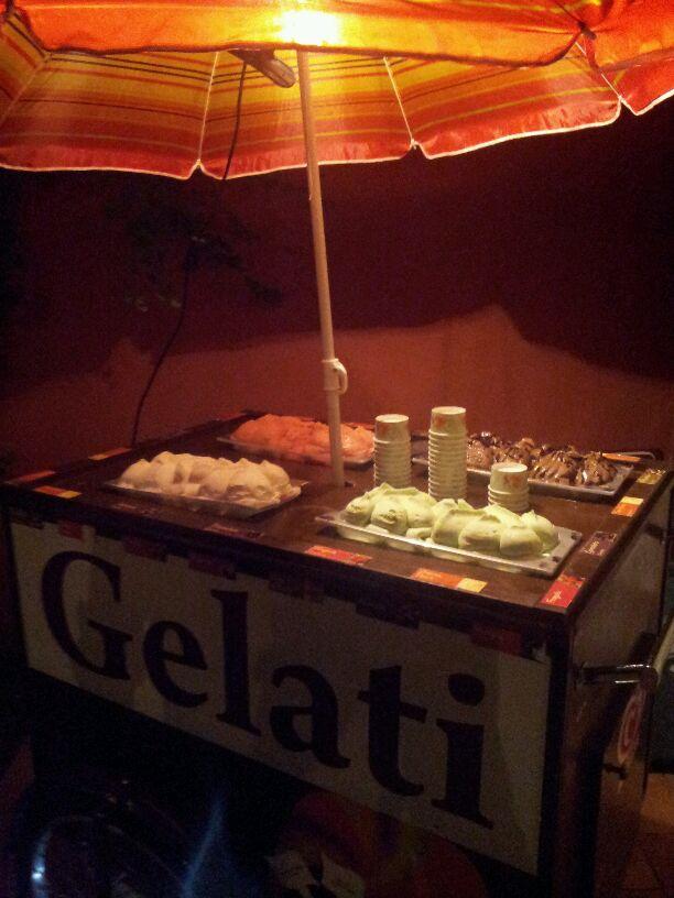 Noleggio e Vendita Carretto Gelati Roma  Carretto Gelati per Eventi Catering Matrimoni Feste Roma