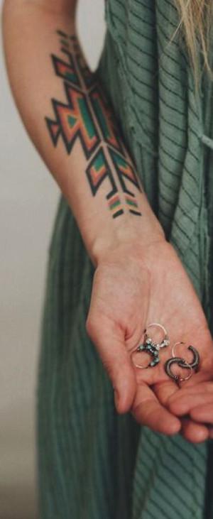 Tatuajes Tribales Significado De Un Arte Milenario Nomadbubbles