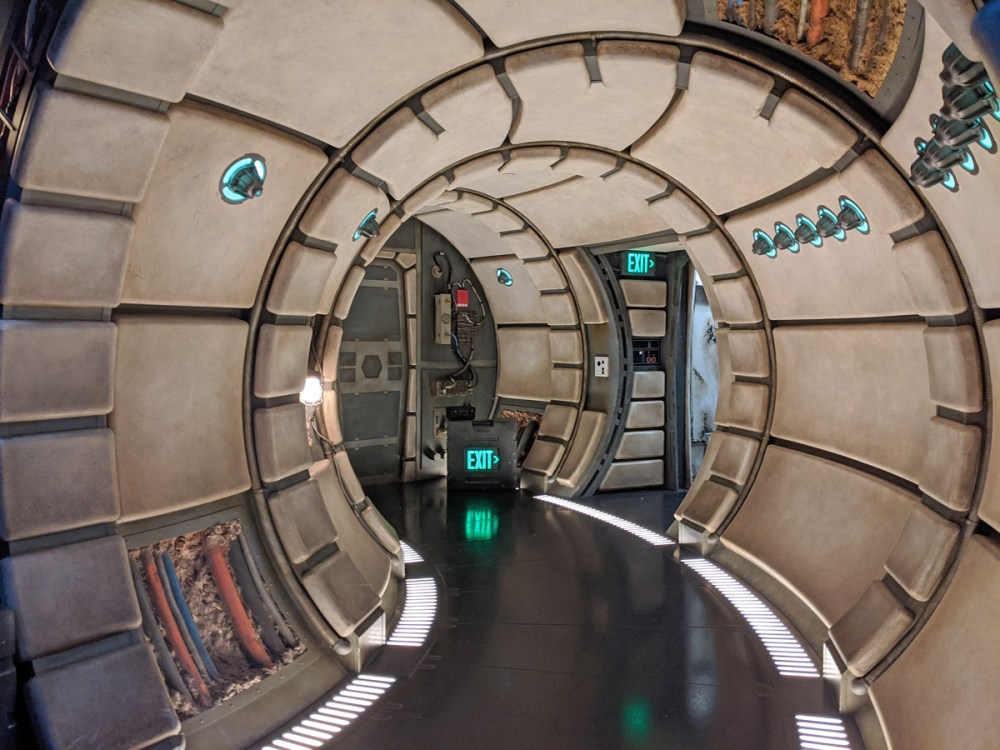 Corridor inside the Millennium Falcon, part of the Smuggler's Run queue