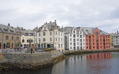 16 Things to Do in Alesund, Norway and the Surrounding Fjords