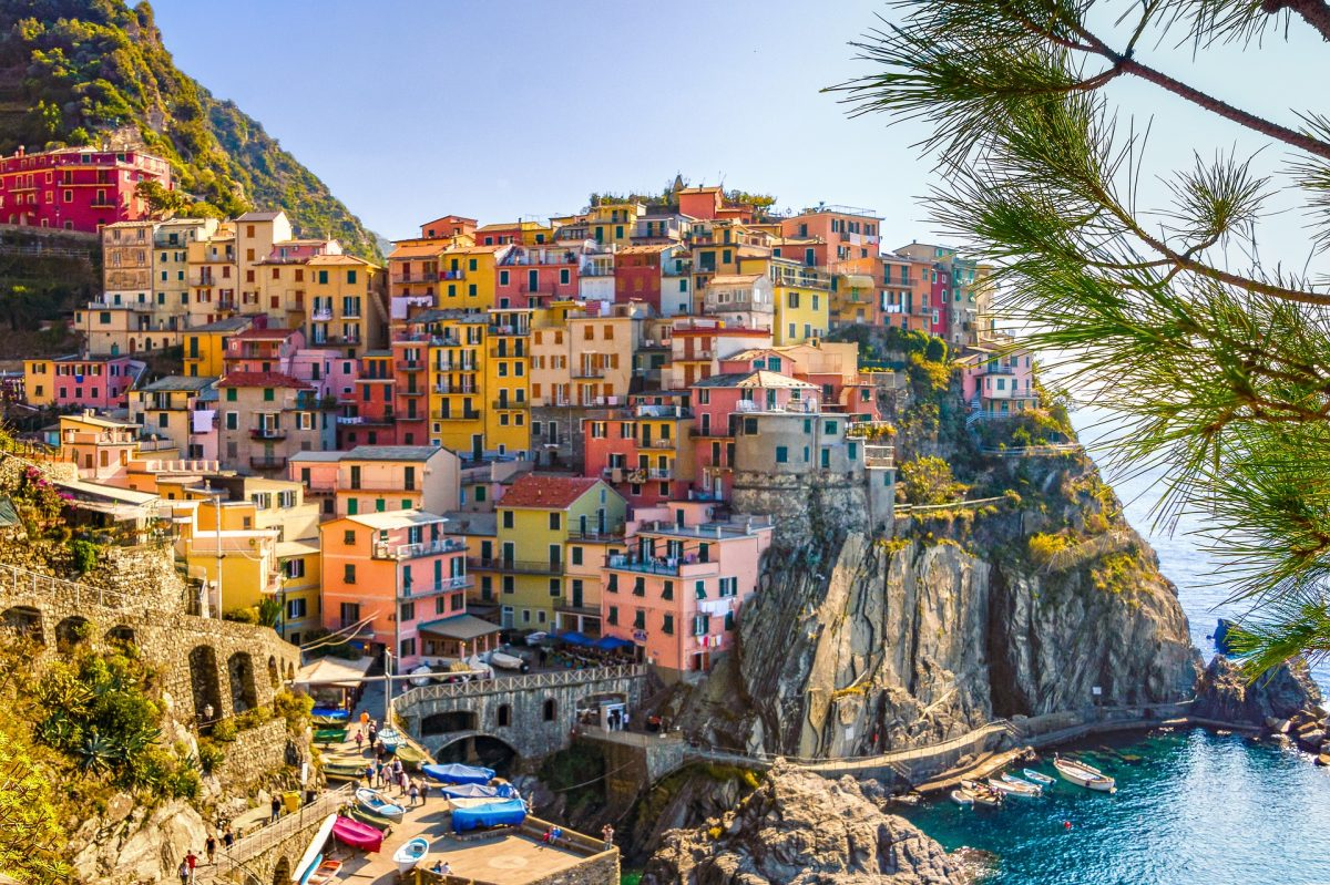 De Cinque San Salvo 57 bucket list worthy things to do in italy • nomad by trade