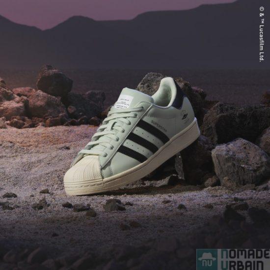 L'attribut alt de cette image est vide, son nom de fichier est Chaussure_Superstar_Vert_GZ2751_HM1.jpg.