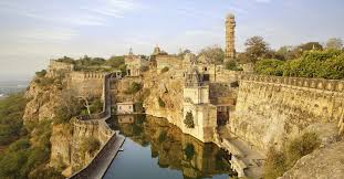 tourist places to visit in Chittorgarh - fort - tourist places to visit in rajasthan