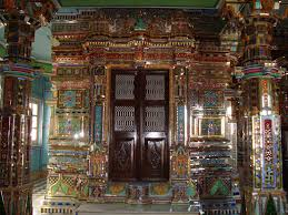 Tourist places to visit in Indore - kanch Mandir