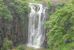 indore patalpani waterfall