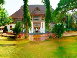 Tourist places to visit in Kochi (Cochin) Bolgatty Palace