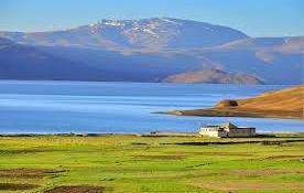 Trekking in Ladakh himalaya Tso Moriri Lake