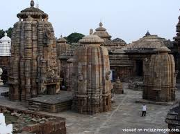 Bhubneswar Tourist places to visit in Bhubaneswar Sightseeing - Lingraj Temple