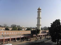 Tourist Places to visit in Jaipur - Ishwar Lat