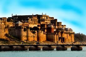 Varanasi Tourist places to visit in Varanasi Sightseeing - Ramnagar Fort