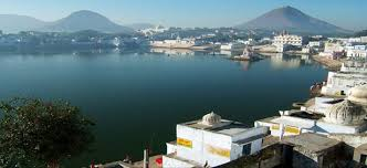 Tourist Places to visit in Pushkar - Pushkar Lake