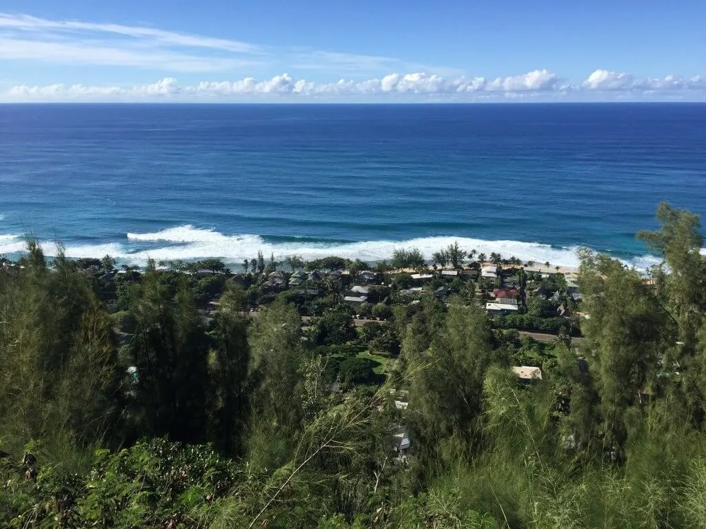 Pillbox hike, outdoor adventure Oahu