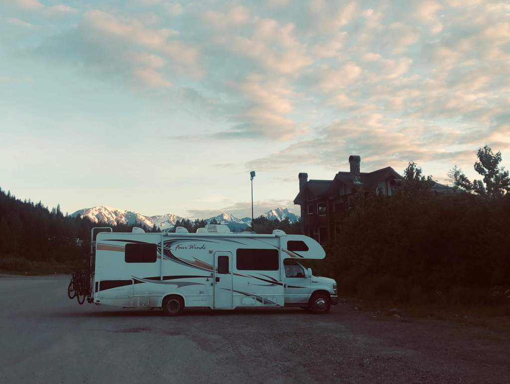Camping Girdwood, Anchorage Alaska