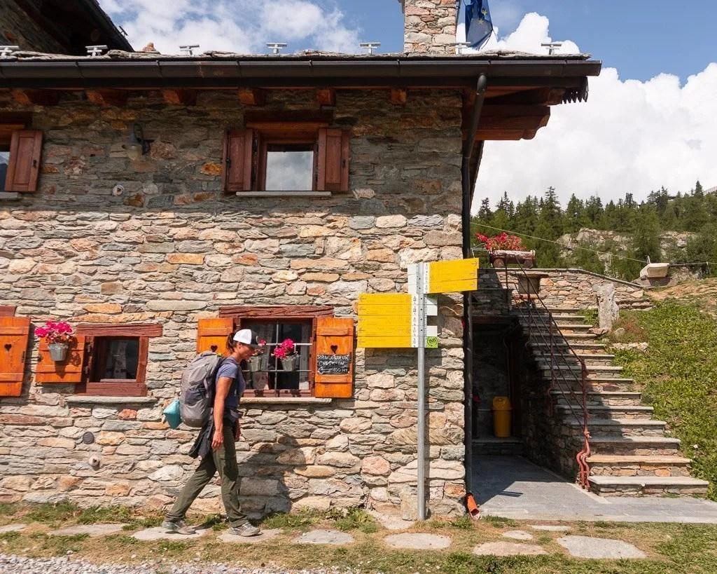 Descending to Courmayeur, Stage 4, Tour du Mont Blanc