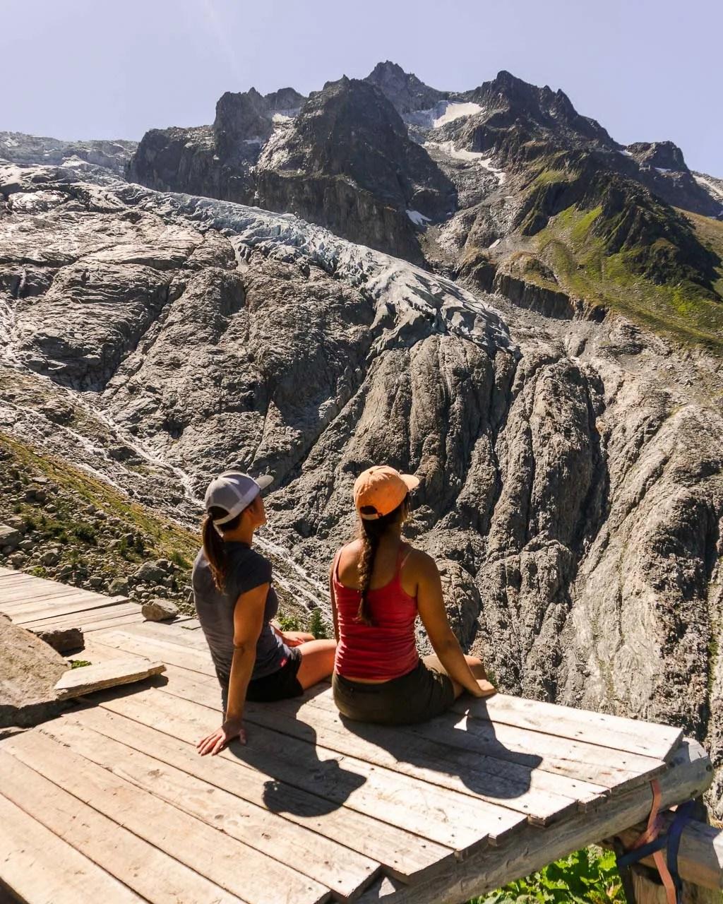 Tour du Mont Blanc alt stage 8, Fenetre d'Arpette descent, Swiss Alps