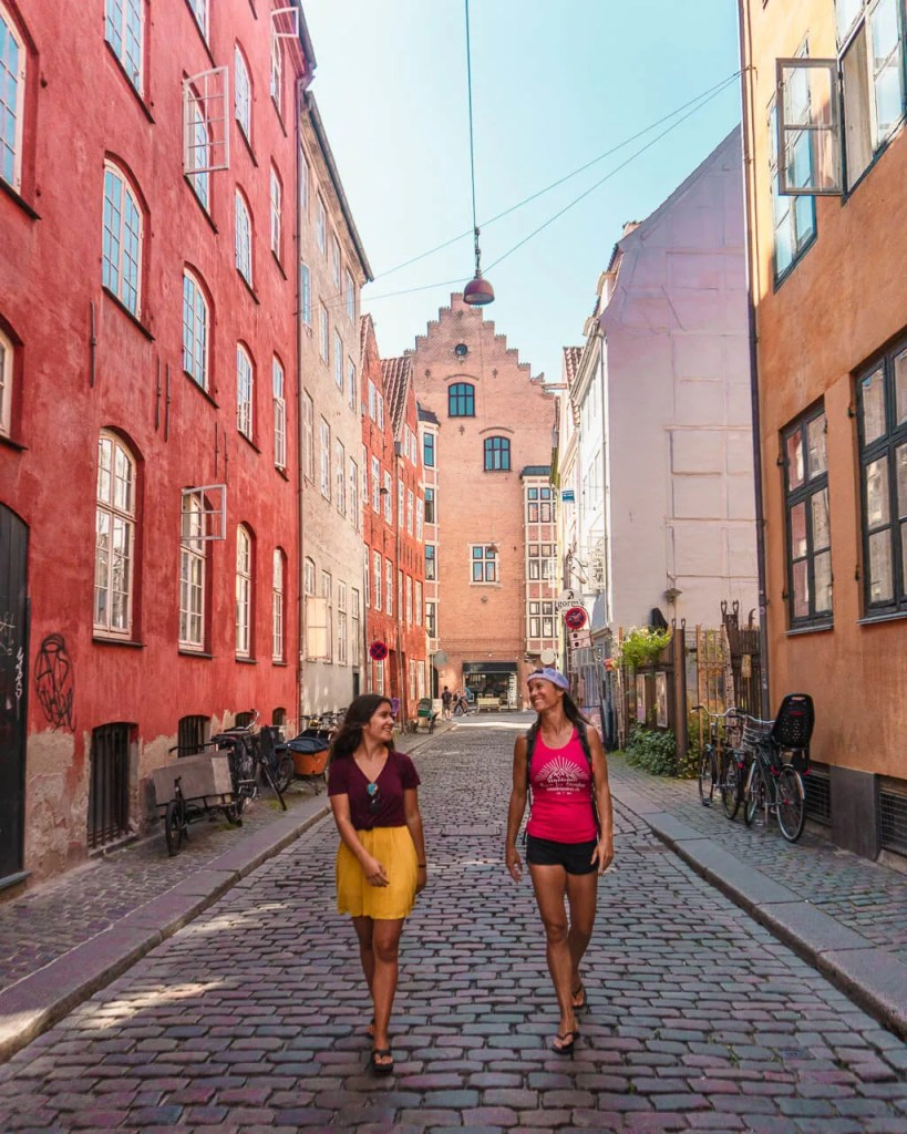 Stay fit while traveling walking the city