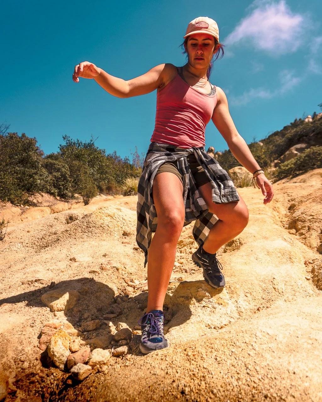 Isabelle, Wantdo, hiking