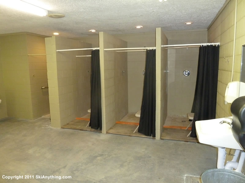 1282011-Noccalula-Falls-Mens-Showers