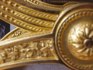 Atelier du nombre d'or. Bruno Toupry réalise des restarations d'oeuvres d'art anciennes et modernes.