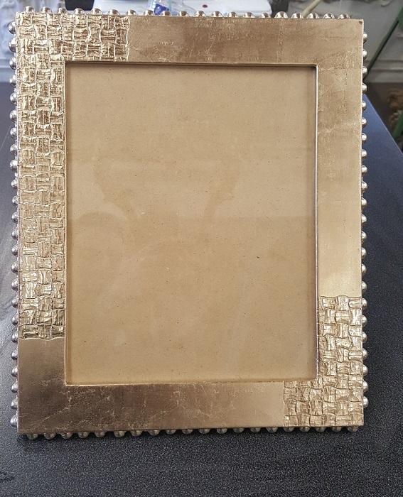 cadre-eleve-dorure-restauration-gohard-atelier-nombre-or-doreur-feuille-bois-bruno-toupry-restaurateur-designer-oeuvre-art-paris-reparure-stage-dorure-formationatelier-nombre-d'or-doreur-cours-dorure-feuille-d'or-bois- staff-métal-verre- résine-plâtre-bruno-toupry-restaurateur-designer-oeuvre-art-paris-dorure-sculpture-or-ebenisterie-dorure -laque-pigment-restauration