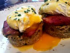 Uova in Camicia Eggs Benedict Brunch $15 @ Lupo Verde on U Street