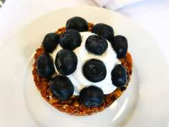 Blueberry-Granola-@-Cabot-Cheese-1