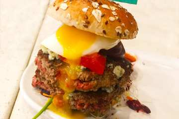 The Impossible Meatless Burger @ Counter