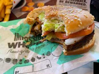 Impossible-Whopper-@-Burger-King-1