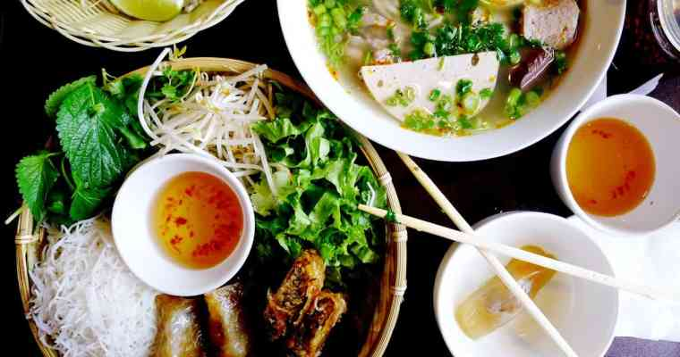 Mr. Red Cafe Vietnamese Restaurant Vancouver | Traditional Hanoi Northern Vietnamese Cuisine
