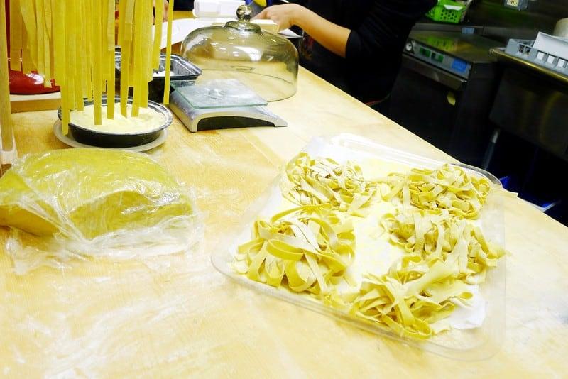 verifood italian restaurant vancouver handmade fresh pasta. Black Bedroom Furniture Sets. Home Design Ideas