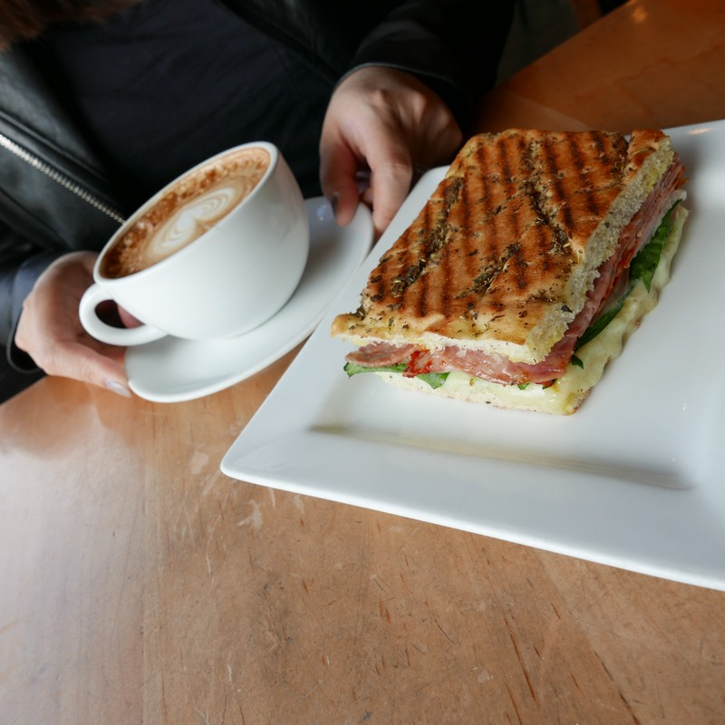 Cafe Crema West Vancouver Cafe Ambleside Instanomss Nomss Food Photography Healthy Travel Lifestyle Canada