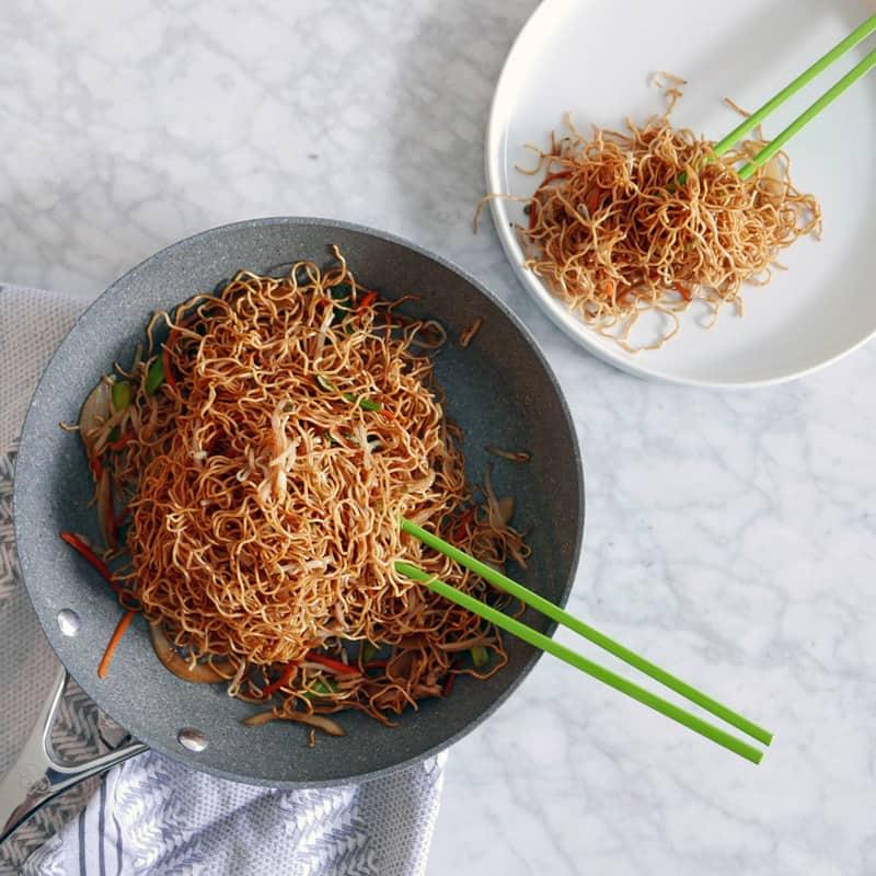 PAN FRIED SOYA NOODLES RECIPE | 豉油皇炒麵