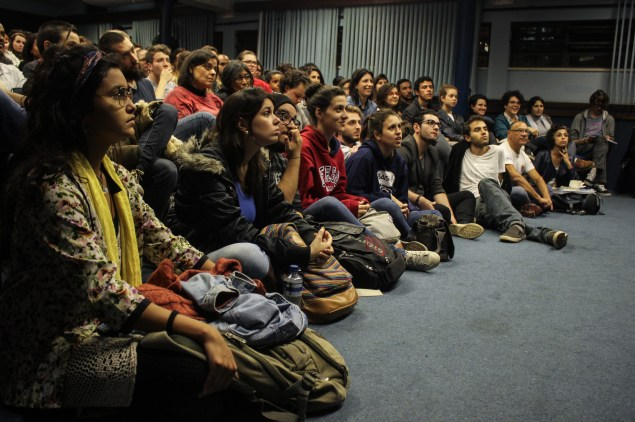 Público compareceu em peso ao primeiro dia de evento (Crédito: Yamini Benites)