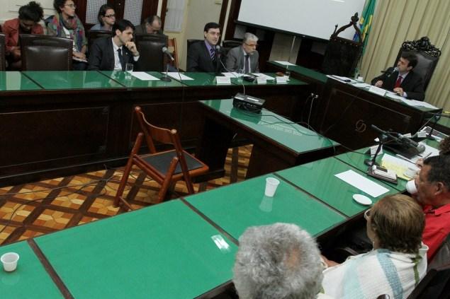 Audiência pública debateu destino do DOPS (Crédito: Iara Pinheiro)
