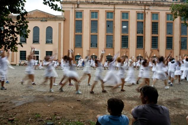 Farra de teatro na Usina do Gasômetro reuniu dezenas de artistas (Foto: Foto: Joel Vargas/PMPA)