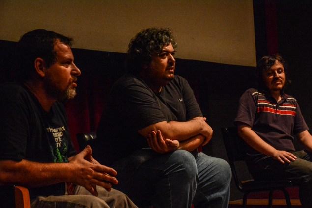 Projeto Raros teve sequência com debate dos críticos Paulo Blob Teixeira (esq.) e Carlos Thomaz Albornoz (centro) (Foto: Fernando Halal)